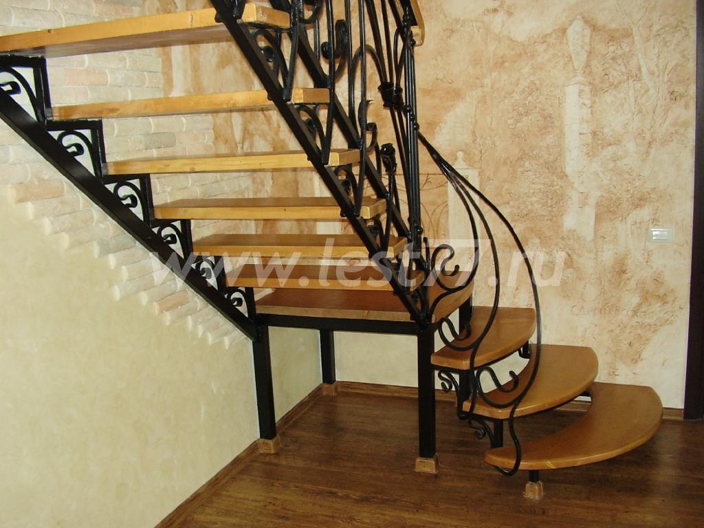 Железная лестница фото